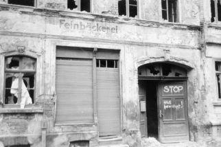 Feinbäckerei und STOP Haus bewohnt!, Zollikoferstraße, 1987