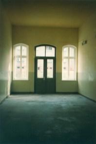 Das Innere eines Leipziger S-Bahnhofs (Wahren)