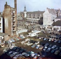 Blick vom Turm der Thomaskirche auf den Markt, um 1960 (Foto: Klaus Liebich)