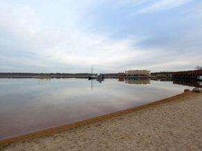 Blick auf den Hafen und Lagovida