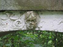 Detail im Robert-Koch-Park