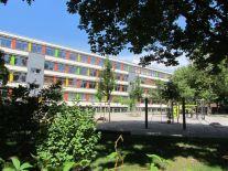 74. Schule
