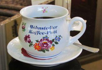 Kaffee im Weindorf