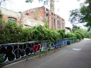 Alte Fabrik am Kanal (Lützner Straße)