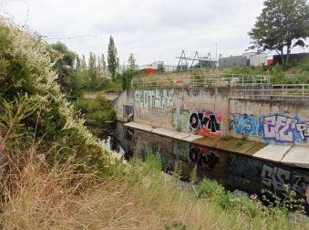 Am Karl-Heine-Kanal nahe der Luisenbrücke
