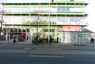 Die Georg-Schumann-Straße 294