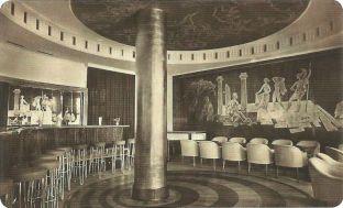 Die Bar im Ring-Café mit mythologischen Motiven (Archiv J.R.)