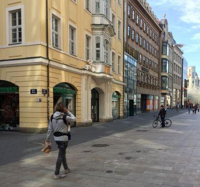 Der Grönländer in der Petersstraße