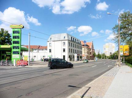 Mockauer Straße, Blick zur Post