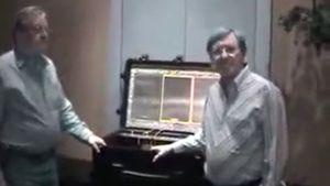 1988, Dr. Schwartz, Strahlungsempfänger im Koffer