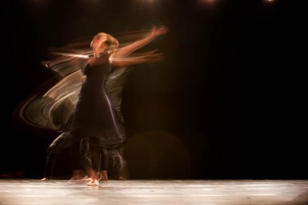 市來 玲奈「金スマ社交ダンス」降板理由に学業優先のあざとさ