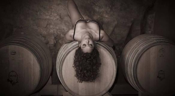 sex wine donna botte