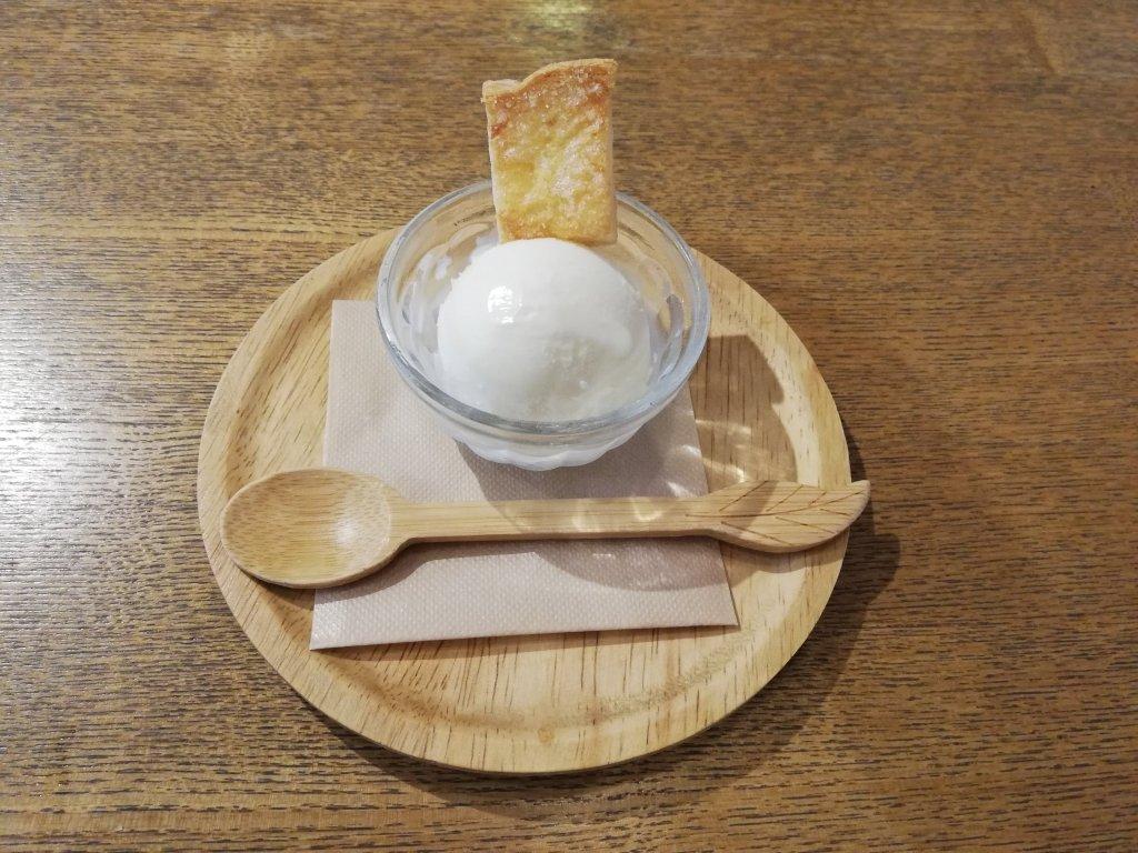 瑞江マチカフェプラスお子様プレートのデザートアイス
