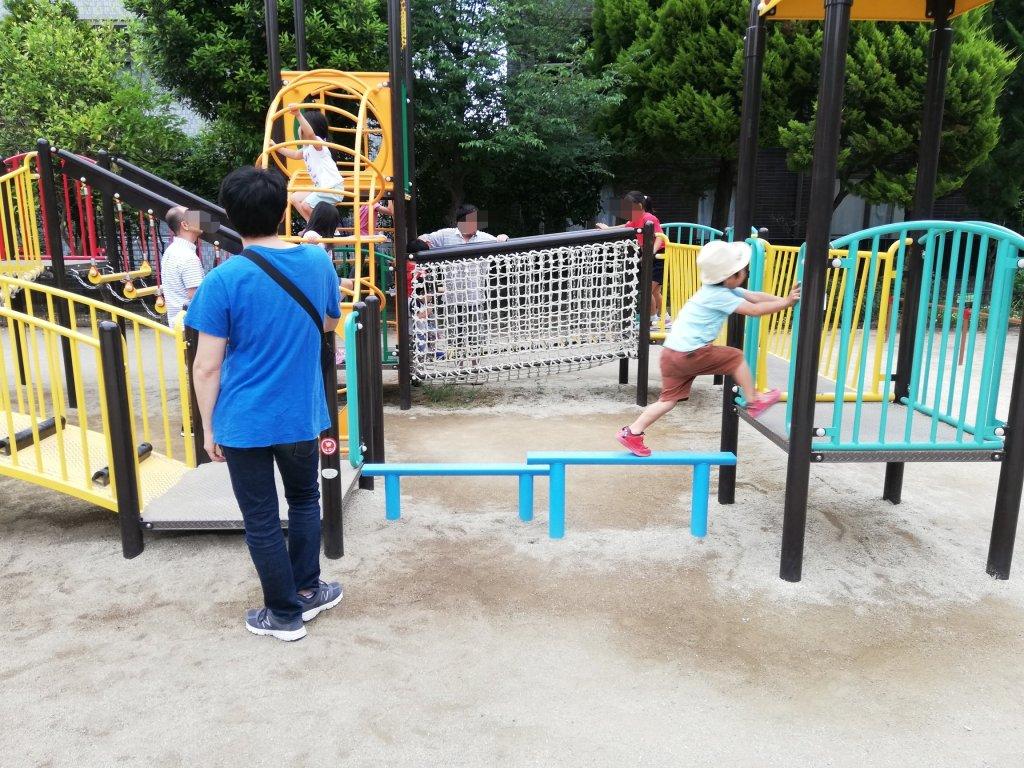 上篠崎4丁目公園のメイン遊具3