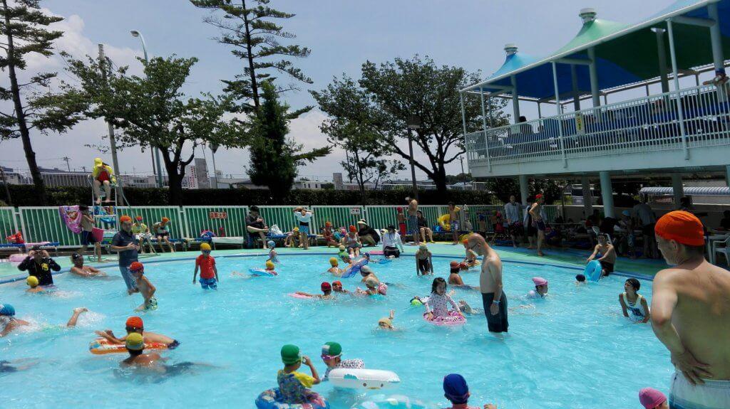 江戸川区スポーツランドのプール