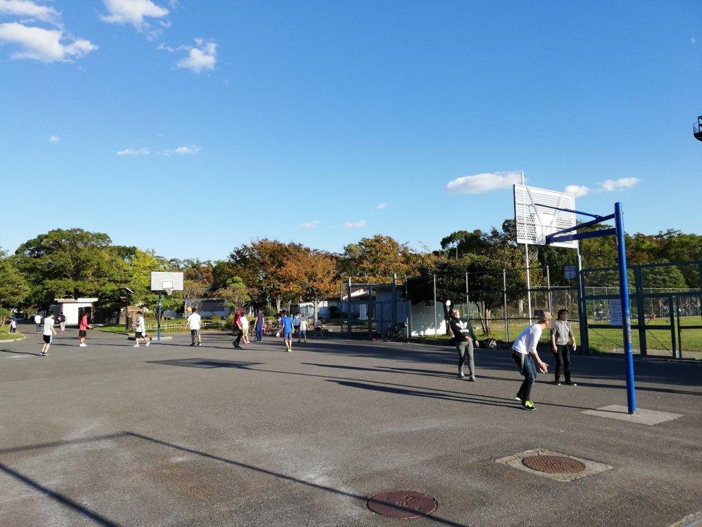 江戸川区篠崎公園のバスケットコート
