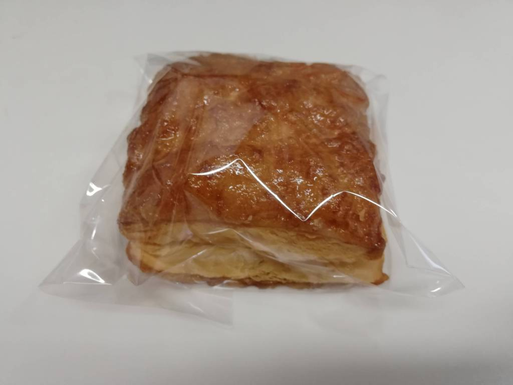江戸川区瑞江のカフェBAKEのパイ