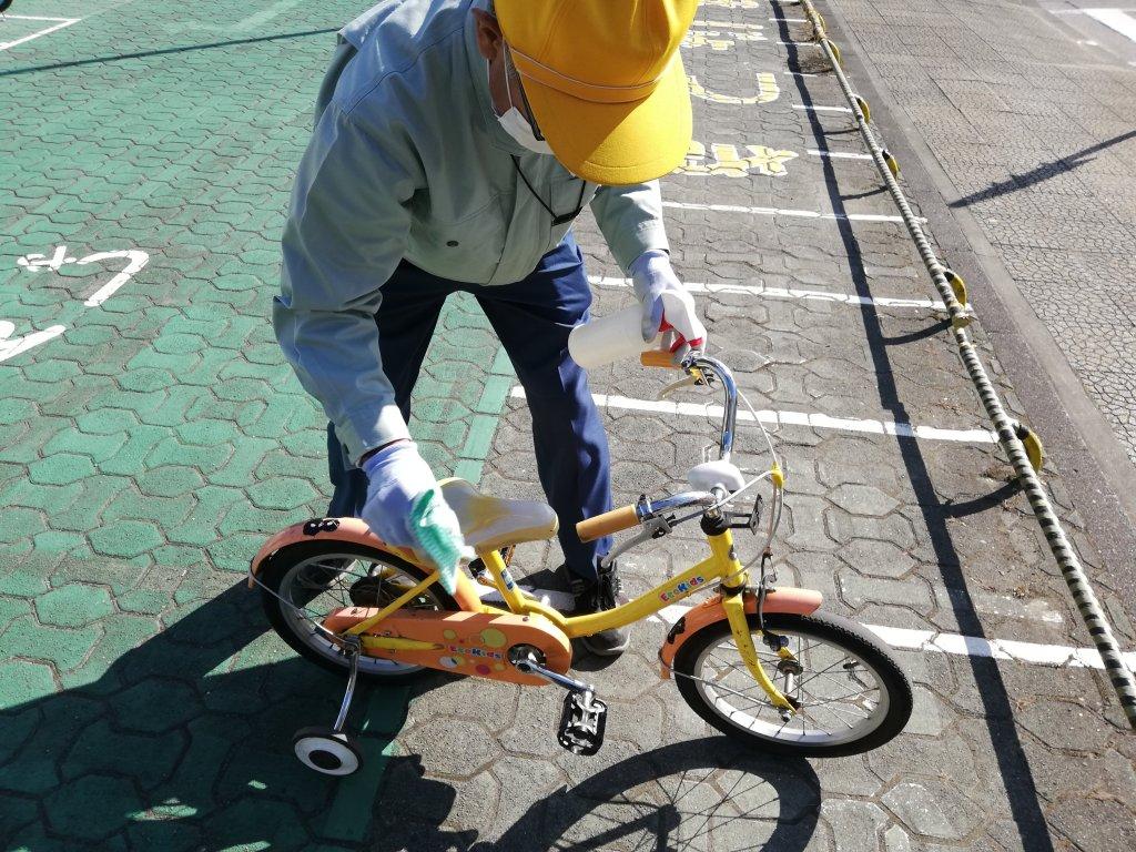葛飾区の新宿交通公園の自転車