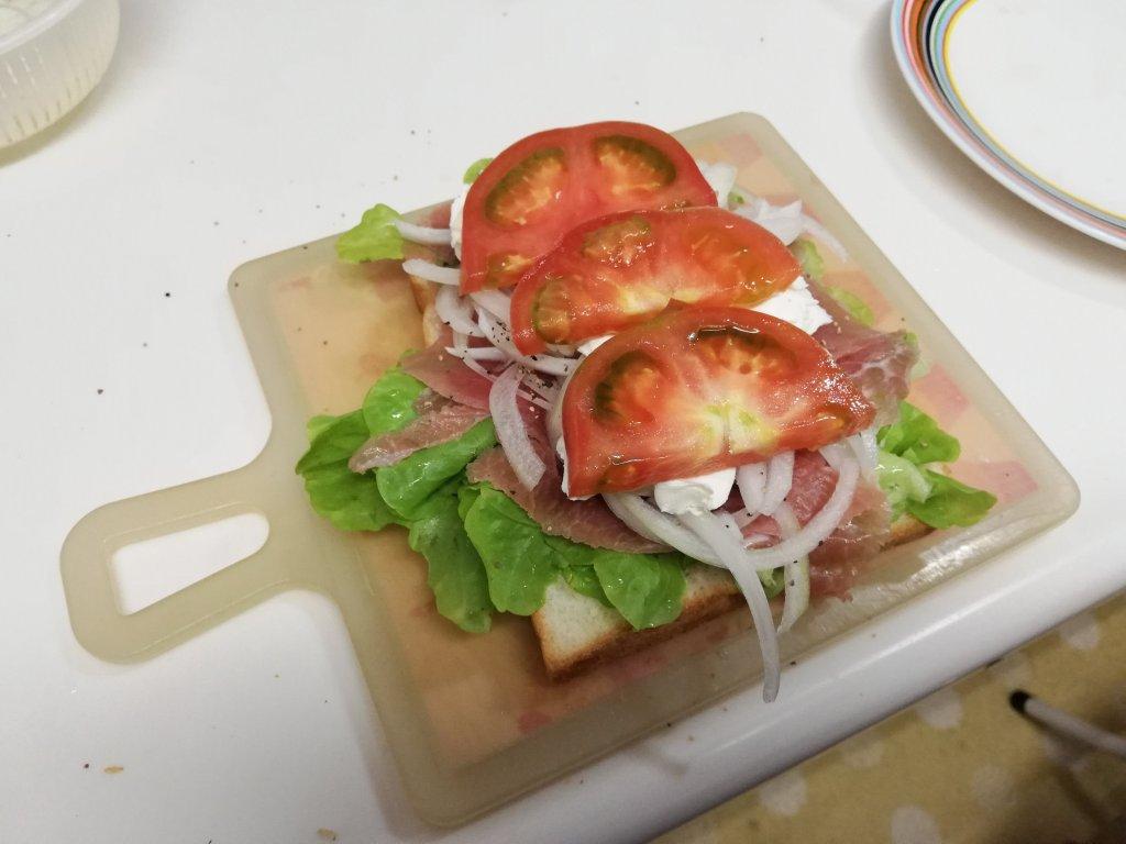 業務スーパー食材でサンドイッチを作る