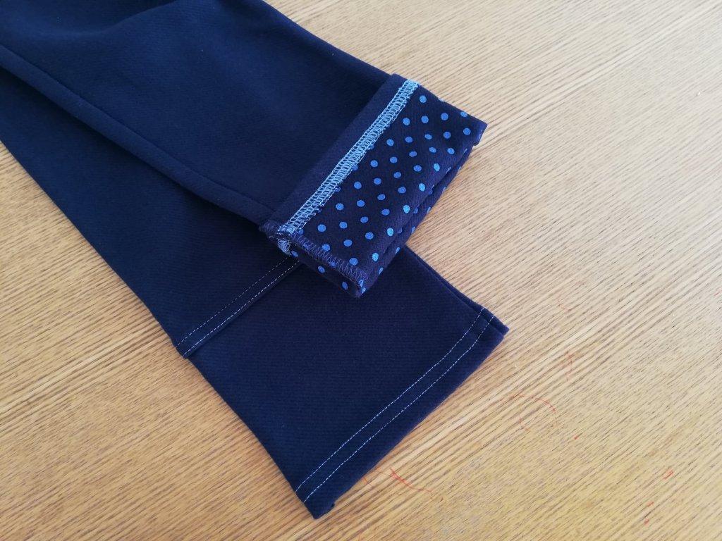 KPの2021年福袋のパンツの裾