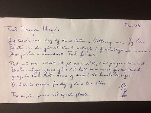 Maryan Hayir fik et brev med noget indeni