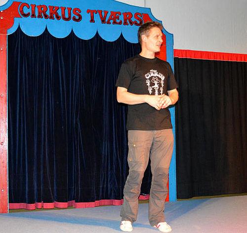 Jul i Cirkus Tværs