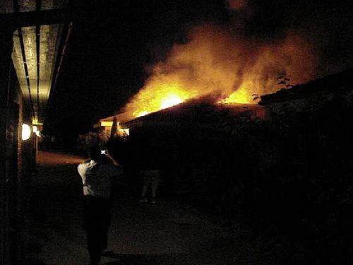 Voldsom brand i Trillegården i nat