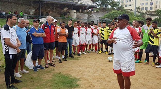 Afif hjem med friske indtryk fra fodbold-Brasilien