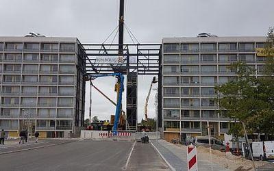 90 ton stålramme på plads på Gudrunsvej