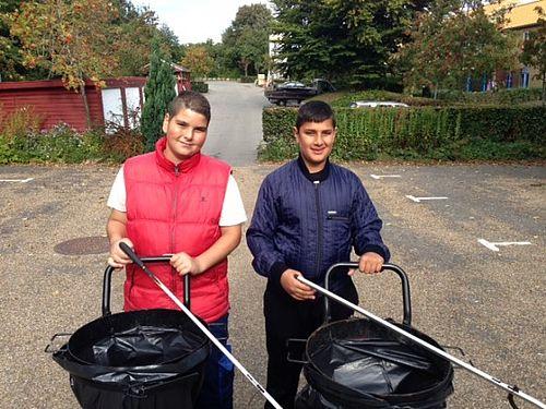 Mustafa og Ali lærer gennem fritidsjobbet
