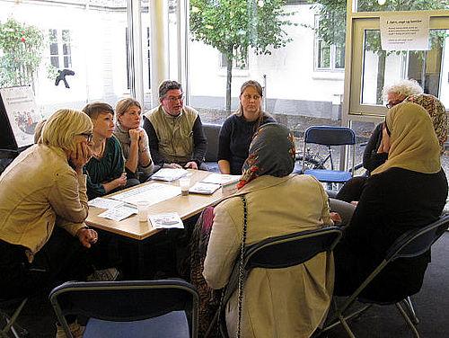 Cafe-debatter på Samvirkemøde tirsdag