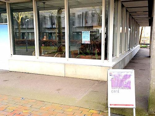 International Cafe åbner i dag