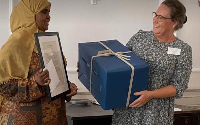 Bestseller-fond giver ærespris til ildsjæl fra Toveshøj