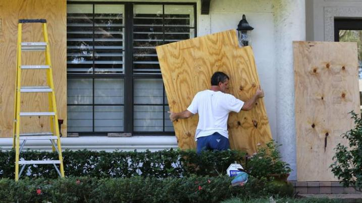 os-pictures-hurricane-irma-cleanup-in-orlando--183