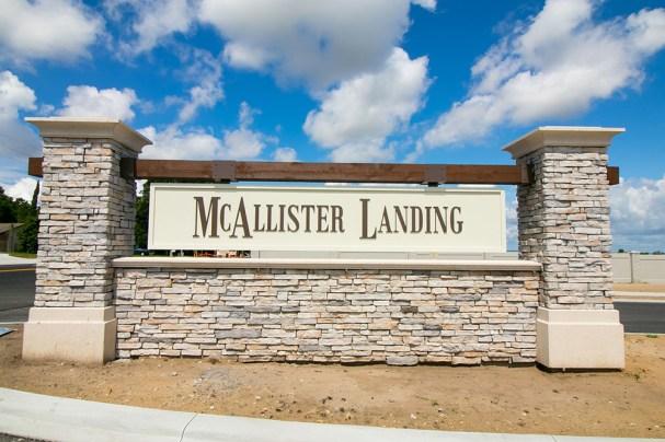 McCallister-Landing-condominio-fechado (2)
