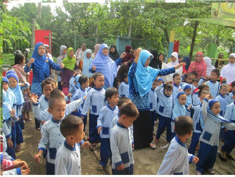 Pendidikan Anak Usia Dini (PAUD) AL AMANAH Mencetak Generasi Yang Berkarakter