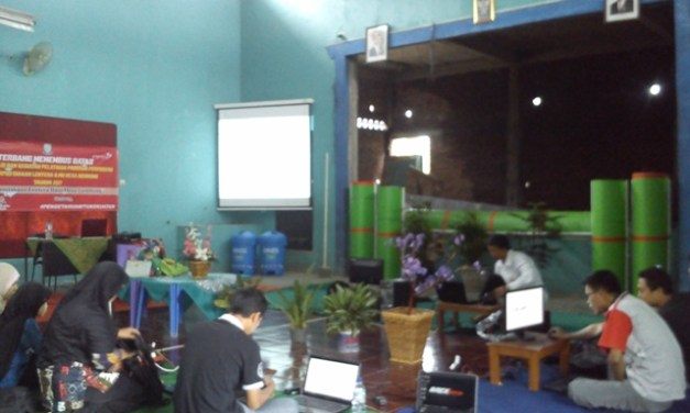 Serunya Pelatihan Pembuatan Website dan Blog Desa Gembong