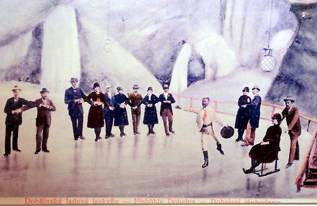 Korčuľovanie v Dobšinskej ľadovej jaskyni - VUCKE