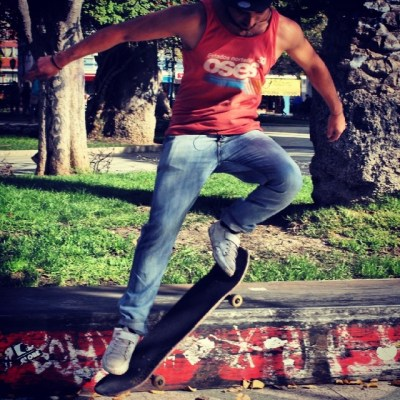 skateboarding in valparaiso