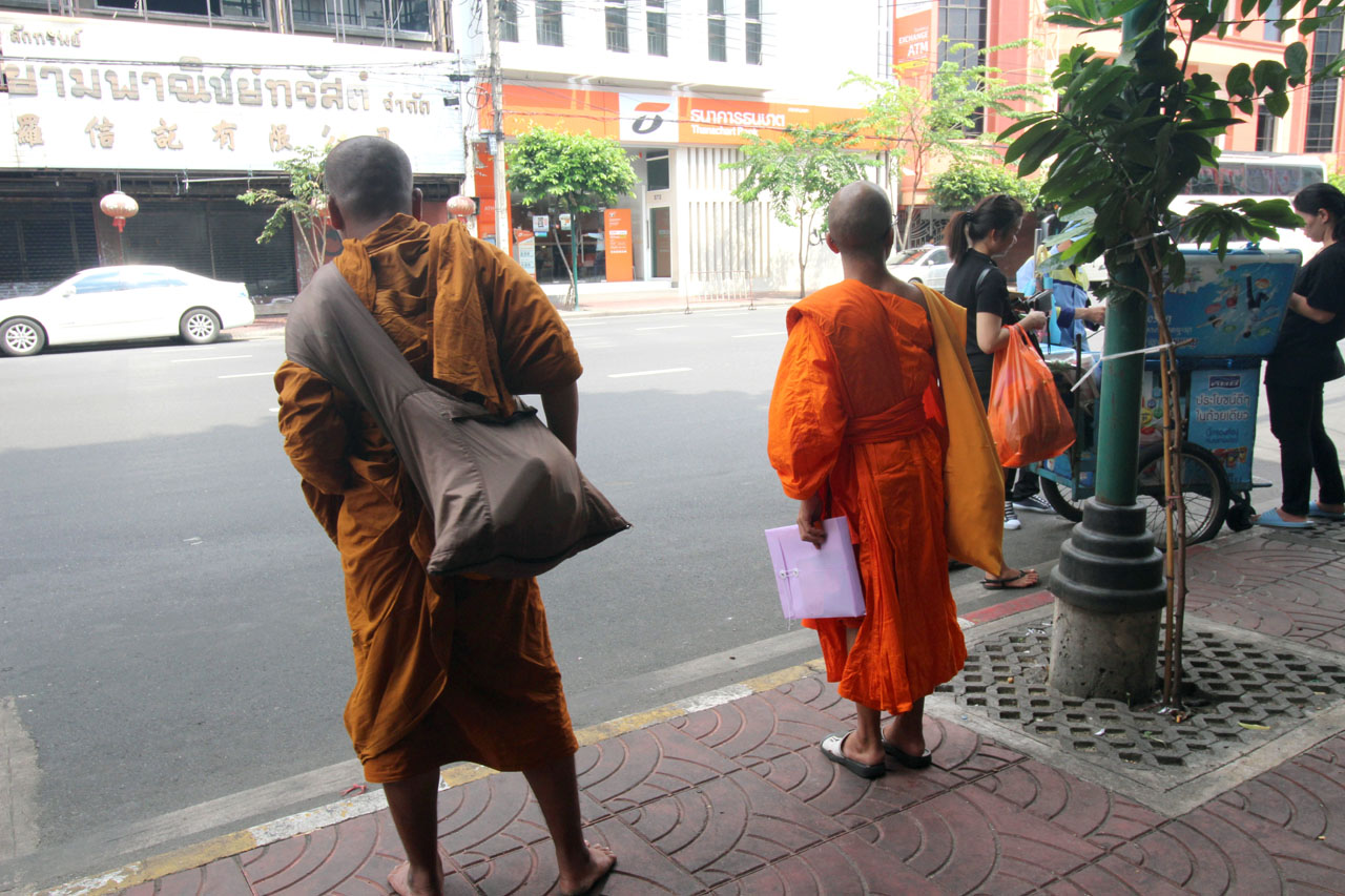 two monks in Bangkok Chinatown