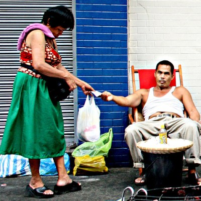 man and woman in quiapo