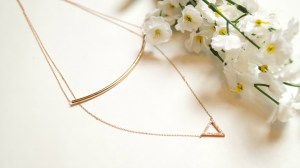 rose-gold-oceanic-necklace