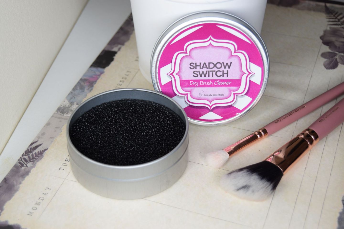 Shadow Switch by Beauty Essentials