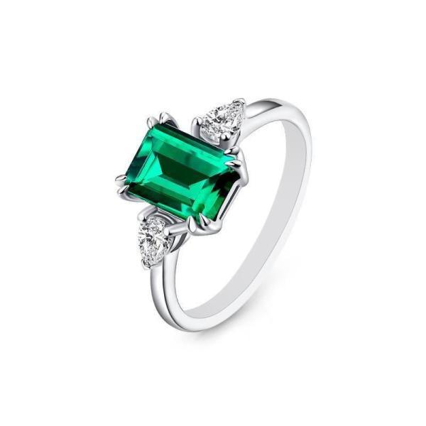 "GEMODA GEMODA ""Parisian"" 1 Carat Green Emerald Moissanite Ring in 925 Sterling Silver - Gemorie"