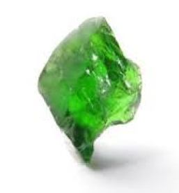 Chrome Diopside clears the chakra system and subtle body connections between centers.