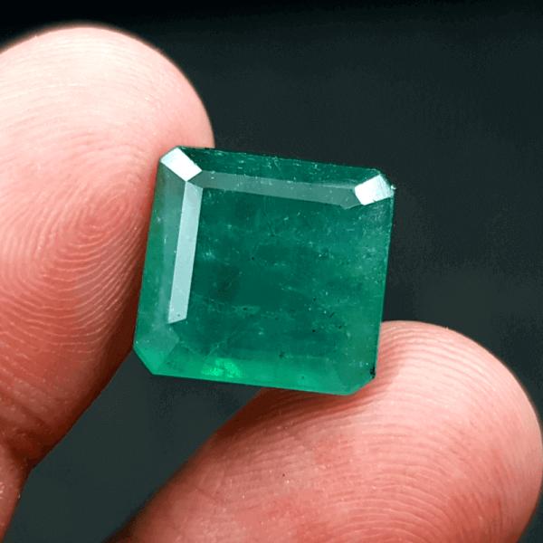 An Original Natural Zambian Emerald (Panna Pathor) Stone - অরিজিনাল জাম্বিয়ান পান্না বা জমরুদ পাথর