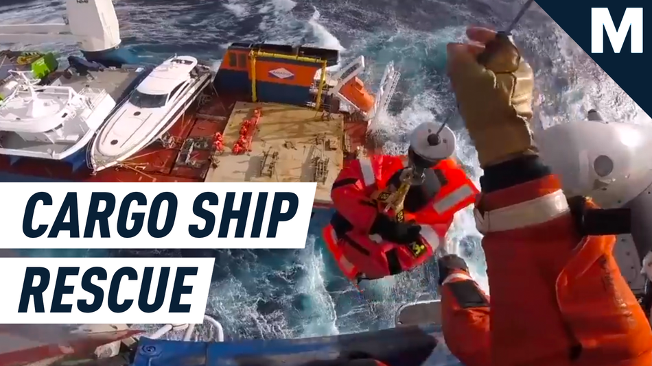 watch-a-remarkable-airlift-rescue-of-a-cargo-ship-crew