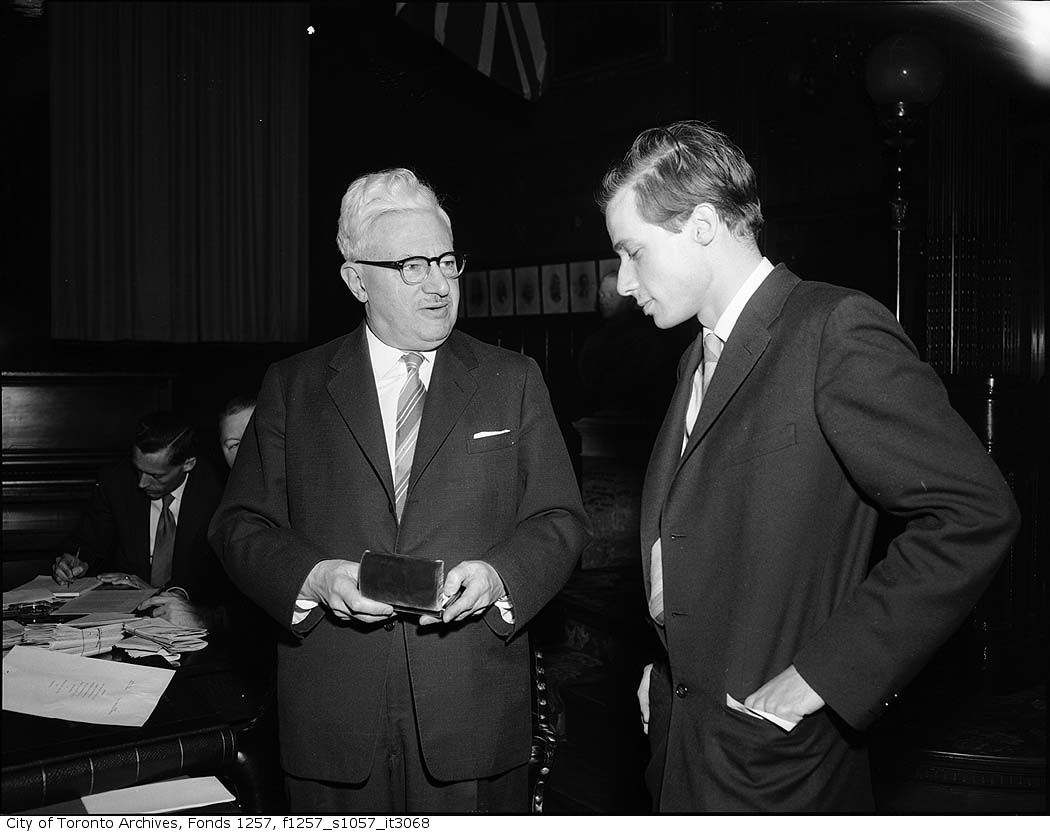 Amazing Historical Photo of Glenn Gould in 1956