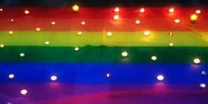 Свещи в София за Международния ден срещу хомофобията