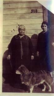 Apolonia and Consuelo Stoltz